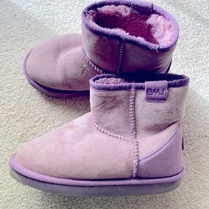 EMU WINTER BOOTS 5 W size